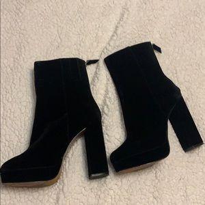 Black suede heeled booties Women's size 9